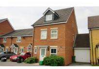 3 bed Town House for sale in Newbury, Berkshire