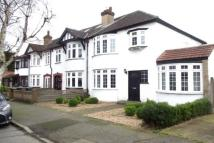 3 bed semi detached house in Hortus Road, London, E4