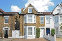 semi detached home in Richmond, TW9