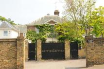 5 bed Detached house in Richmond, TW10