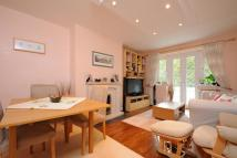 3 bed Flat for sale in Courtlands, Richmond, TW9
