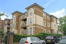 2 bed Flat in Queens Road, Richmond