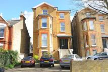 Flat for sale in Richmond, TW10