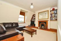 Flat for sale in St Margarets, TW1