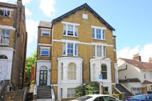 3 bed Flat for sale in Richmond, TW10