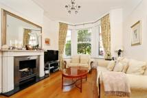Terraced property for sale in Richmond, TW9