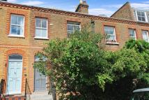 Terraced property in Richmond, TW9