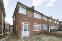 3 bedroom semi detached house in Stanmore, Middlesex