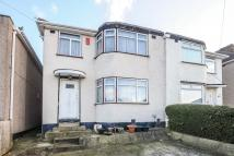 3 bed property in Edgware, Middlesex