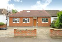 Semi-Detached Bungalow for sale in Edgware, Middlesex