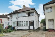 3 bedroom semi detached property in Stanmore, Middlesex