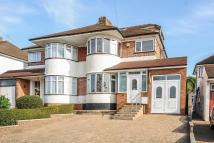 4 bedroom semi detached house in Stanmore, Middlesex