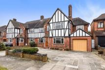4 bedroom house in Stanmore, Middlesex