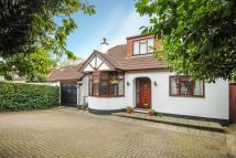 6 bedroom Detached home in Harrow, Middlesex
