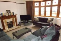 4 bed semi detached property to rent in Byron Avenue...