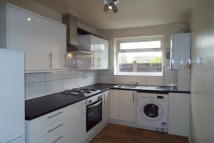 2 bed Apartment in Buckingham Road, London...