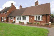 1 bedroom Semi-Detached Bungalow in Feltham, Middlesex