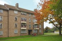 Flat for sale in Hanworth Park, Middlesex