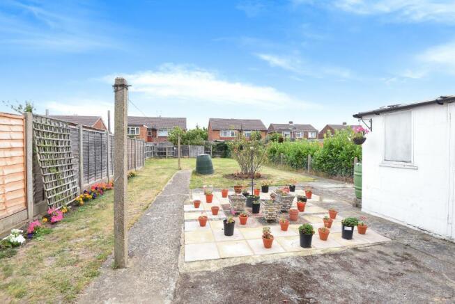 Garden & Patio Area