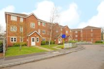 Flat for sale in Thames Ditton, Surrey