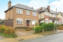 4 bedroom Detached house in Surbiton, Surrey
