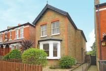 2 bedroom Detached home in Surbiton, Surrey