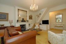 3 bed Flat for sale in Kingston Upon Thames...