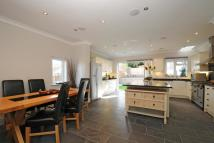 4 bed Detached home in Surbiton, Surrey