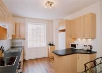 Terraced property to rent in Guilford Street, WC1N