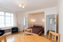 1 bed Flat in Upper Woburn Place, WC1H
