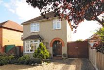 3 bed Detached property in Bath Road, Thatcham
