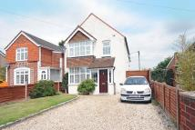 4 bed Detached property in Bath Road, Thatcham