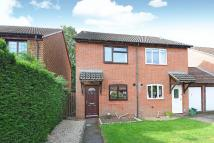 2 bed semi detached home in Fuller Close, Thatcham