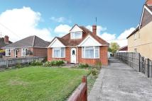 Detached Bungalow in Lower Way, Thatcham