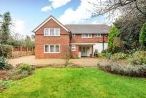 6 bedroom Detached house in Englefield Green, Surrey