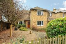 4 bedroom Detached property in Lyne, Surrey