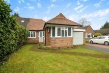3 bed property in Thorpe Village, Surrey