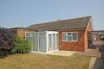 2 bedroom Semi-Detached Bungalow in Blacklands Road, Benson...