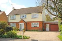 Detached property in Woodcote, Oxfordshire