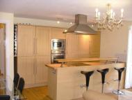 Flat to rent in Spicer Street, St Albans...