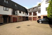 3 bed Town House in Niven Court, Sunninghill