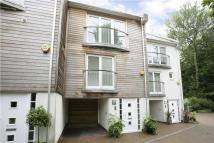 3 bed Town House in Osborne Mews, South Road...