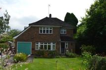 4 bed Detached home in The Chestnuts, Lindfield...