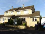3 bed semi detached house in SHIPTON-UNDER-WYCHWO...