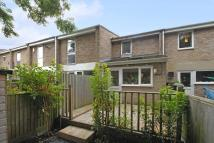 2 bed property to rent in Leafield Road...
