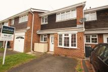 3 bed Terraced property in Ampfield Road, Throop