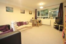 2 bed Flat in Branksome Wood Road...