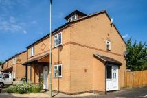 3 bed property in Blackstock Close...