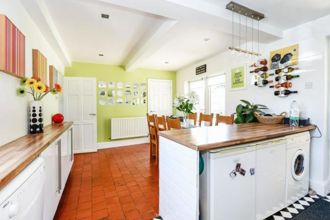 Kitchen/Breakfast Room