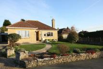 3 bedroom Detached Bungalow in Botany, Highworth...
